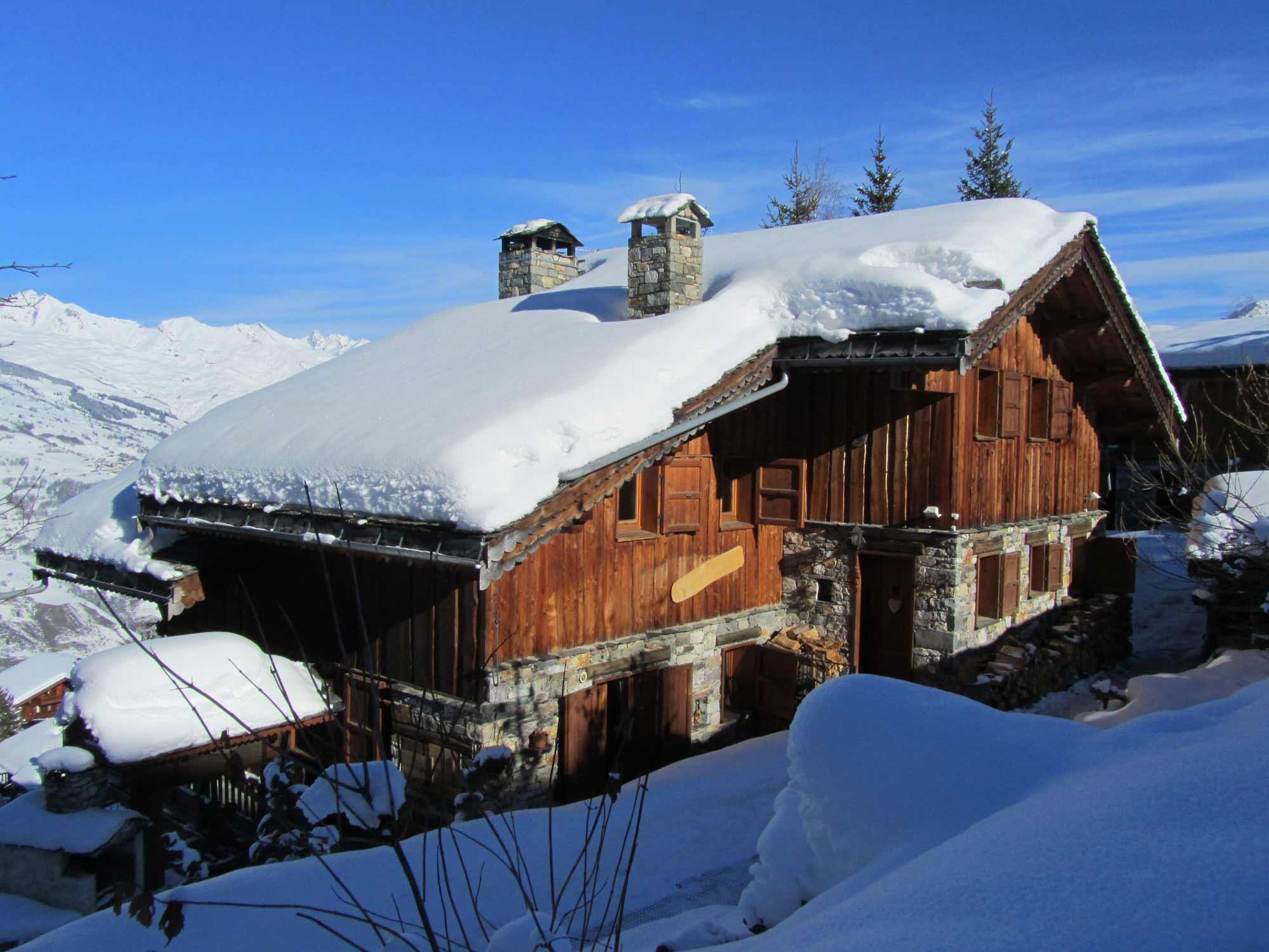 Chalet au pied des pistes ski avec SPA Location de chambre d´h´tes
